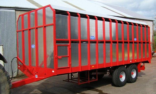 Tractor Trailer Stock : O whites of bocombra
